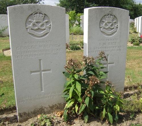 Grave headstones