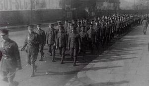 An infantry company larns how to march