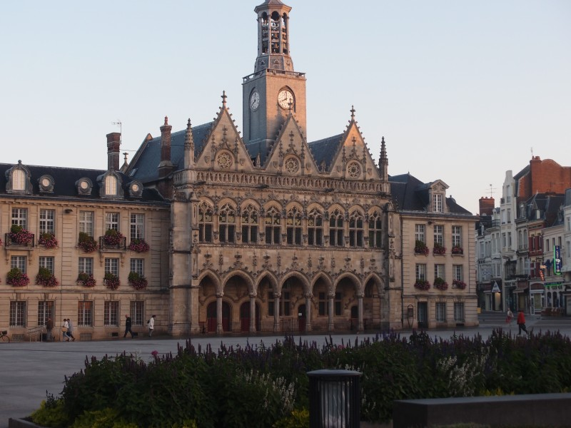 The lovely town hall on the Grande Place in the centre of Saint-Quentin.Famous as the place of surrender of two British Colonels during the retreat from Mons in 1914.