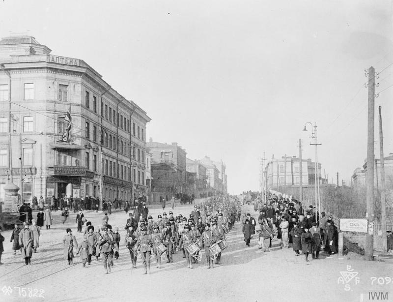 Troops of the 1/9th Battalion, Hampshire Regiment leaving Vladivostok for Omsk, December 1918. Imperial War Museum image Q58344
