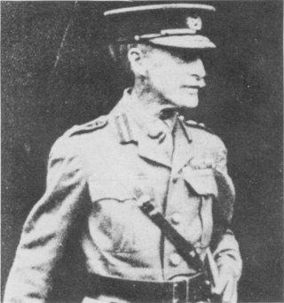 Gen Sir Ian Hamilton