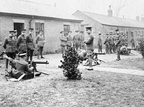 Officers practice using Vickers machine guns at the British Army School of Musketry at Hythe, Kent, on 21 January 1915. Image Q 53550 from the Sport & General Press Agency collection held by the Imperial War Museum, with my thanks.